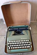VINTAGE 1950's Seafoam Green SMITH CORONA SILENT SUPER MANUAL TYPEWRITER w/Case