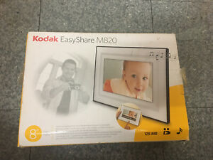 "Kodak EasyShare M820 Digital 8"" Photo Frame ... with music and video options"