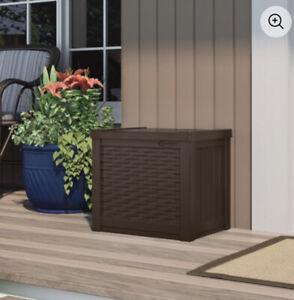 Suncast 22 Gallon Small Deck Box - Java