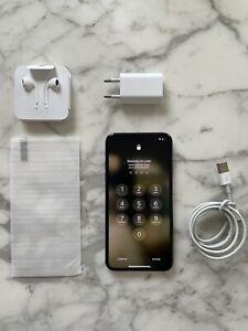 Apple iPhone 11 Pro Max - 64Go - Vert nuit (Désimlocké)