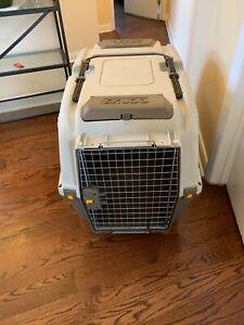 Skudo Dog Transport Kennel Large