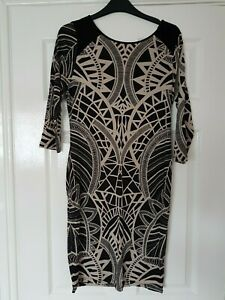 LADIES OASIS BROWN MIX PATTERNED STRETCH FITTED 3/4 SLEEVE V BACK DRESS 8