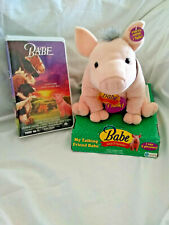 Babe The Pig Plush Talking Toy 1998 with Bonus VHS Tape