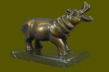 Arts et objets ethniques du XXe siècle et contemporains en bronze provenance Afrique