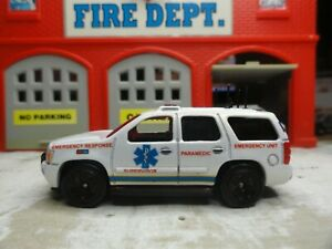 HOT WHEELS FIRE EMS PARAMEDIC CHEVY TAHOE SUPERVISOR CUSTOM KITBASH UNIT