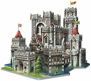 KING ARTHUR'S CAMELOT playing 3D Puzzle