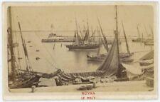 CDV circa 1880. Royan (Charente-Maritime). Le Port. Bateaux.