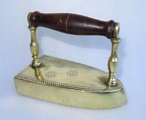 antique fer à repasser à lingot daté 1836