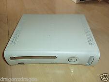 Microsoft XBOX 360 Weiß, ohne HDD & Zubeh., kein XBOX Live möglich, sonst ok