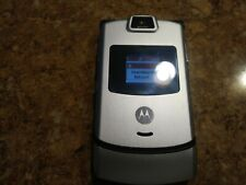 Motorola Razr V3 Verizon,Silver flip Phone,vcast.Fast Shipping