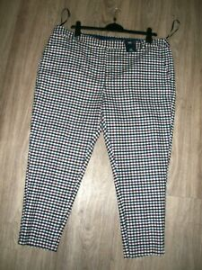 M&S SIZE 22 SHORT MID RISE SLIM ANKLE GRAZERS ITALIAN FABRIC WITH WOOL LINED