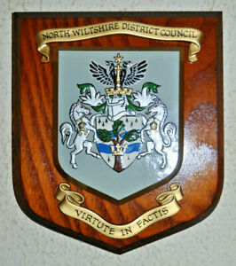 North Wiltshire District Council wall plaque shield crest coat of arms