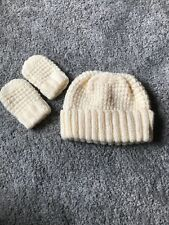 NEW Hand Knitted Hat & Mittens Set 6-18-24 mths BNWOT Baby Boy Or Girl Winter