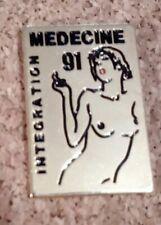 pin's pins Médecine 91 intégration (pin-up)