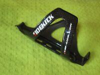 RIGHT Gloss Black Carbon XLAB Sidekick Water Bottle Cage Road Cycling Triathlon