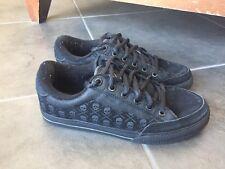 Circa AL 50 Black Skull Tennis Shoes Sz 7 (Read)