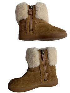 UGG Girls Ramona, Chestnut Short Boot -1095571T Toddlers' Size 6