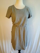 EUC Sonoma Fit and Flare Dress Short Sleeved Gray W/ Pockets Womens M Super Cute