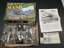Revell MASH 4077th Bell H-13H Helicopter 1:35 Model Kit M·A·S·H with Damaged Box