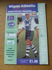03/12/1996 Wigan Athletic V Doncaster Rovers (piegati, Penna segno su copertina).