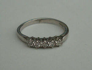 1/4CT DIAMOND 9ct WHITE GOLD 5 STONE CLAW SET ENGAGEMENT ETERNITY RING 0.25 375