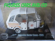 PIAGGIO TRIPORTEUR APE 1/32 CALESSINO DOCTOR CLOWN 2009 AMBULANCE SCOOTER