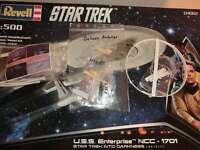 Star Trek Into Darkness 1:500 USS Enterprise NCC 1701 Model Kit Revell mit Delux