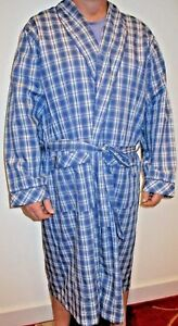 Mens  Dressing Gown. housecoat. ROBE LIGHTWEIGHT , ex -store new size, M, L,