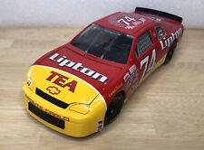 RACING CHAMPIONS 1995 JOHNNY BENSON JR #74 CHEVY MONTE CARLO LIPTON NASCAR 1:18
