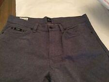 NEW Hugo Boss Men's Texas Light Chambray Jeans - 34/34