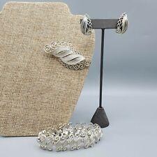 1960s Lisner Signed Demi Parure Brushed Silver Tone Brooch Earrings Bracelet