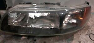 2001-04 Volvo S60 V70 XC70 Headlight Assembly left side  genuine Oem Free ship