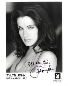 TYLYN JOHN SIGNED AUTOGRAPHED 8x10 PLAYBOY PLAYMATE PROMO PHOTO BECKETT BAS