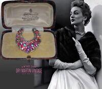VINTAGE 1950s PRETTY PINK AURORA BOREALIS RHINESTONE CRESCENT MOON BROOCH PIN