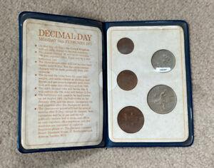 Britain's First Decimal Coins 1971 Coin Set in Original Blue Plastic Wallet