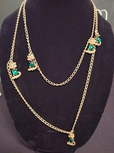 Vtg.Statement necklace Cats gold tone link chain, green jelly belly glass unique