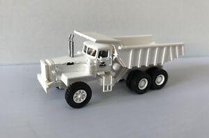 WHITE HO 1/87 MACK LRVSW 6x4 34tons - Ready Made Resin Model
