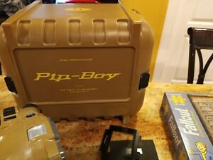 Fallout 4 Pip-Boy Case Vault Collectors Edition plus Extras