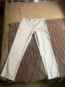 Calvin Klein pants size (34in x 32in slim fit) for men in impeccable condition