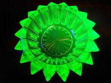 Green Vaseline Uranium glass salt dip cellar celt star canary candle holder neon