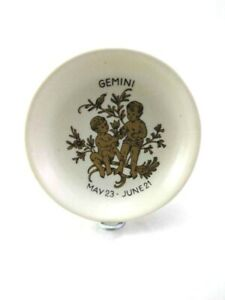 Guild Crafts Ball Limited Pin Dish - 7 Cm - Made Of Ceramic -Made In England