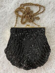 BLACK BEADED EVENING BAG clam shell gold chain VINTAGE LORD & TAYLOR PURSE