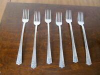 IS APRIL Set of 6 Grille Forks Wm Rogers & Son Vintage Silverplate Flatware  B