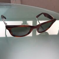 Rayban Wayfarer - Vintage sunglasses (with some issues) - 99p start - No  reserve 76cd252ac162