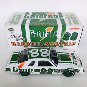 Action 1:24 Darrell Waltrip #88 Gatorade 1976 Malibu NASCAR Diecast