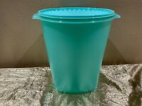 New Beautiful UNIQUE JUMBO Tupperware Servalier Bucket/Container 10L Mint Color