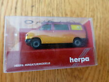 Herpa HO #42406 Volkswagen Mini Van California Coach Pop-Up Camper Style