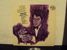 DEAN MARTIN - Hey brother pour the wine