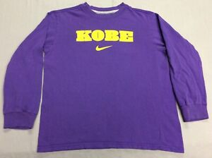 KOBE BRYANT LOS ANGELES LAKERS SPELLED OUT PURPLE NIKE T-SHIRT KIDS YOUTH SMALL