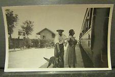 ancienne photo chine china ligne chemin de fer du yunnan train gare